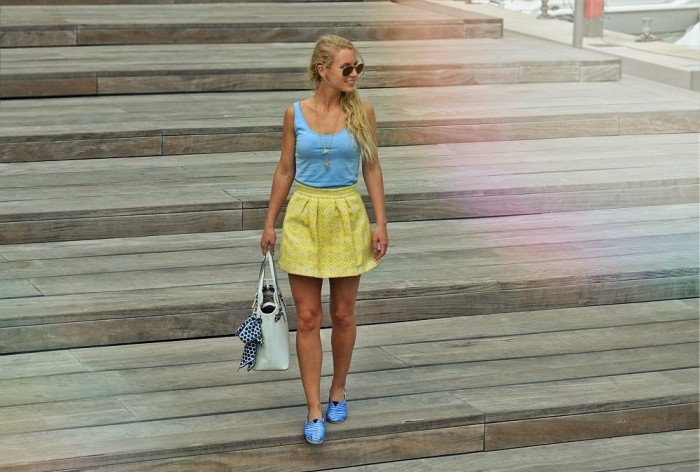 outfit: blue meets yellow / Port Adriano